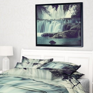 Designart 'Amazing Waterfall in Mexico' Landscape Framed Canvas Art Print