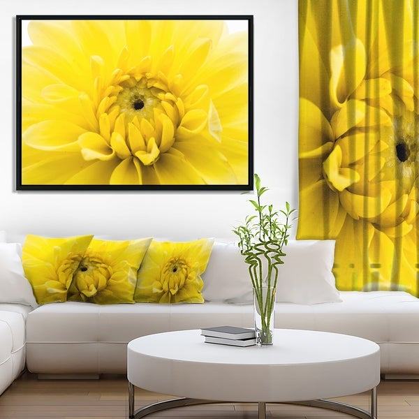 Designart 'Yellow Chrysanthemum Gold Flower' Flower Artwork on Framed Canvas