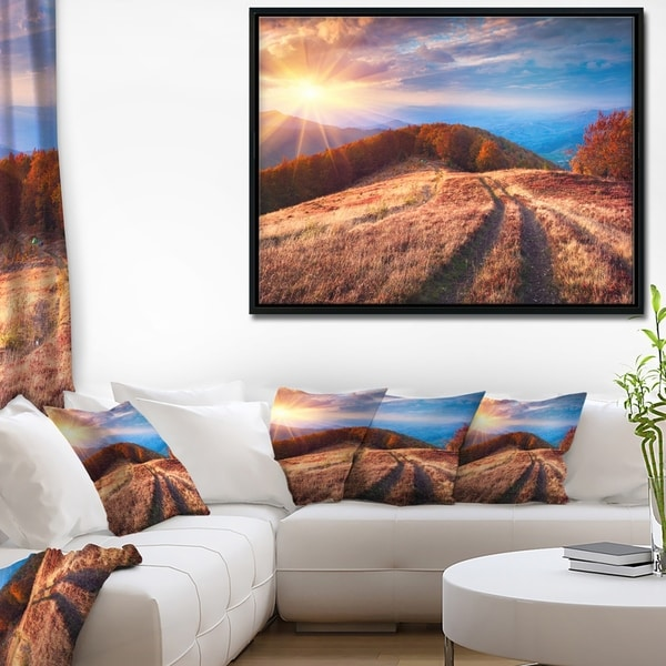 Designart 'Beautiful Carpathian Mountains' Landscape Framed Canvas Art Print
