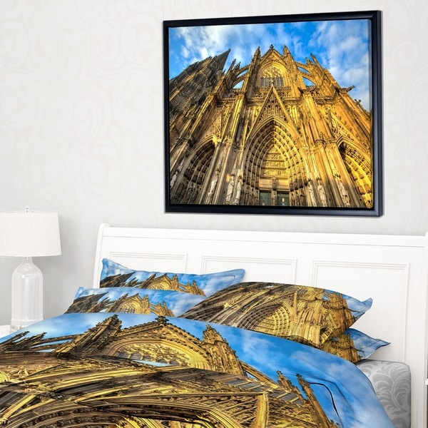 Designart 'Dom Church in City Cologne Lit By Sun' Large Cityscape Art Print on Framed Canvas