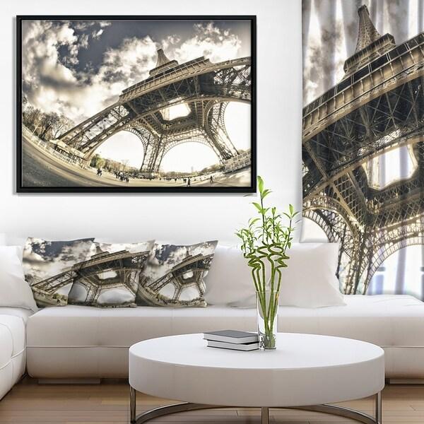 Designart 'Paris Eiffel Towerin Sunny Winter Morning' Extra Large Framed Canvas Art Print