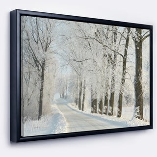 Designart 'Winter Road in Dense Foggy Forest' Large Forest Framed Canvas Art Print