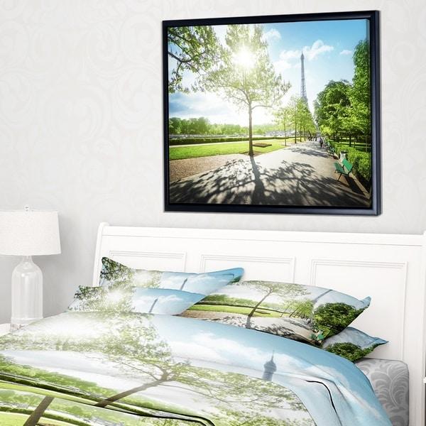 Designart 'Paris Eiffel Towerat Sunny Morning' Landscape Framed Canvas Art Print