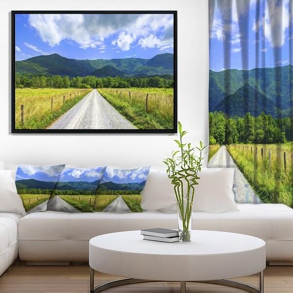 Designart 'Sparks Lane in Cades Cove' Landscape Framed Canvas Art Print