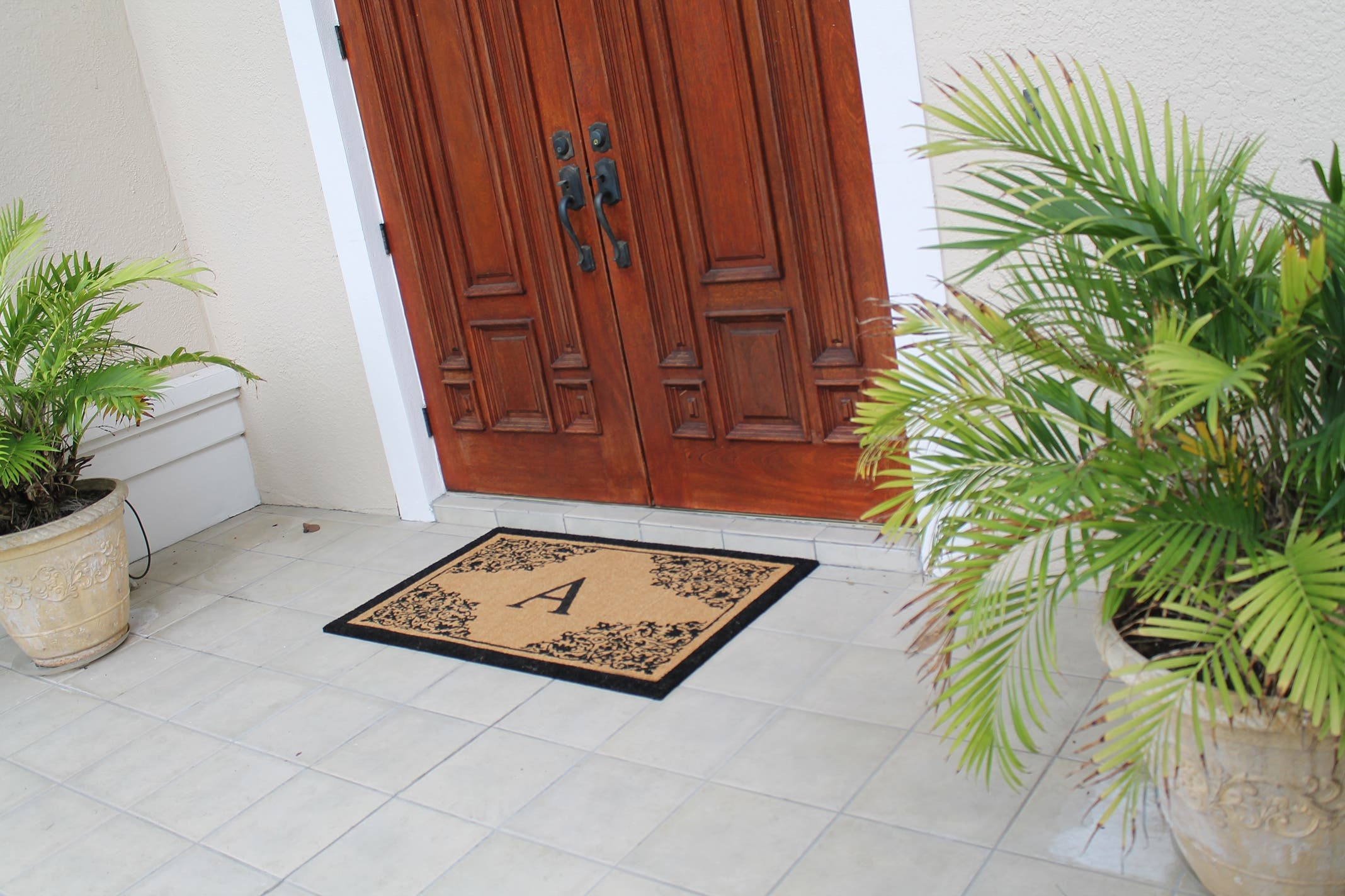 A1HC First Impression Hand Crafted 30 Inch. X 48 Inch. Courtyard Entry Double Monogrammed Doormat|https://ak1.ostkcdn.com/images/products/190/508/P23045218.jpg?impolicy=medium