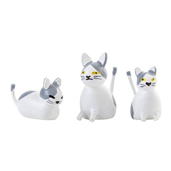 "Alexander Taron Dregeno Easter Ornament - Cat Family - 1.75""H x 1.5""W x 1.25""D"