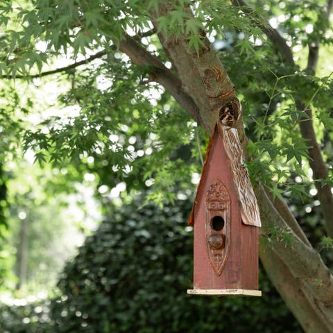 "Glitzhome 13""H Wooden Distressed Garden Birdhouse"