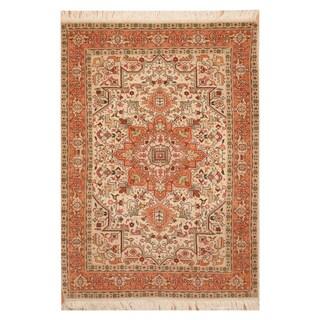 Handmade Herat Oriental Persian Hand-knotted Tabriz Wool Rug (Iran) - 3'4 x 5'1