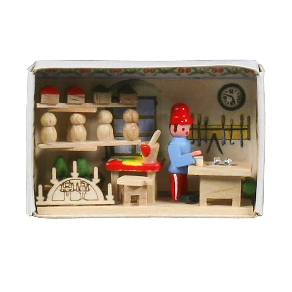"Alexander Taron Dregeno Matchbox - Toymaker - 1.5""H x 2.2..."