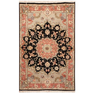Handmade Herat Oriental Persian Hand-knotted Tabriz Wool and Silk Rug (3' x 4'9)