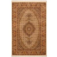 Handmade Herat Oriental Persian Hand-knotted Tabriz Wool and Silk Rug (3'4 x 5'2) - 3'4 x 5'2
