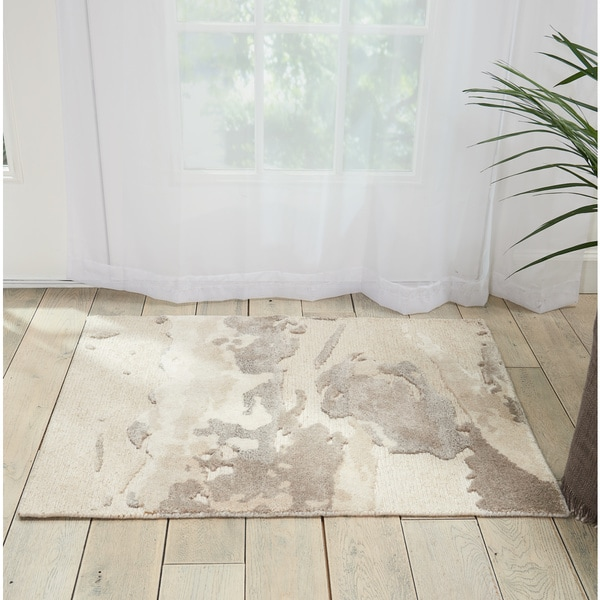 Nourison Divine Ash Abstract Area Rug (2'3 x 3')