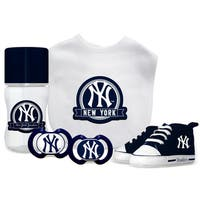 New York Yankees MLB 5 Pc Infant Gift Set