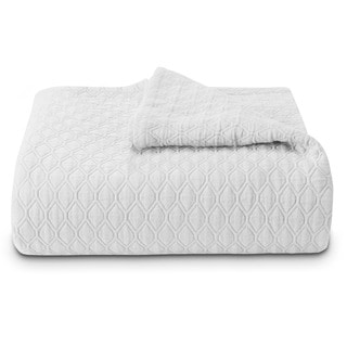 Vera Wang Puckered Diamond Matelasse White Coverlet