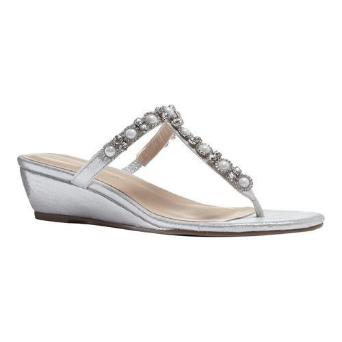10d71485839eb7 Women s Pink Paradox London Marnie Thong Dress Sandal Silver Glitter - Free  Shipping Today - Overstock - 23389868