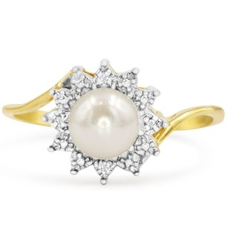 Round Freshwater Cultured Pearl and Halo Diamond Ring In 14 Karat Yellow Gold - White
