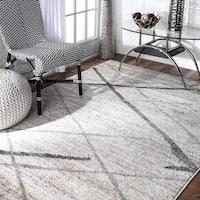 Porch & Den Williamsburg Hope Soft and Plush Modern Diamond Trellis Moroccan Lattice Shag White Rug (10' x 14') - 10' x 14'