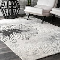 nuLoom Ivory Contemporary Novelty Floral Area Rug - 8'0 x 10'0