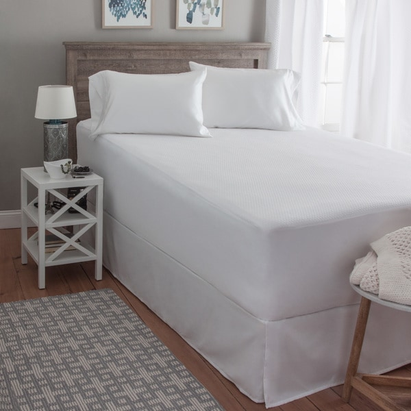 Hanes X-Temp FreshIQ Constant Comfort Waterproof Mattress Protector - White