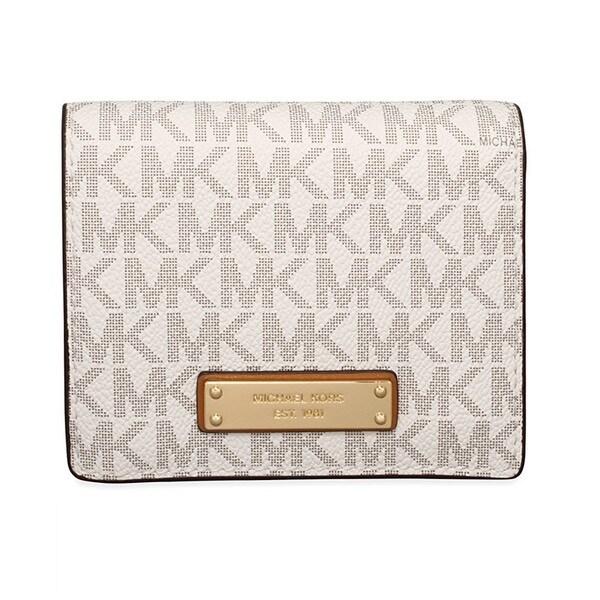 2448b68822c3 Shop Michael Kors Jet Set Signature Vanilla Flap Card Holder - Free ...