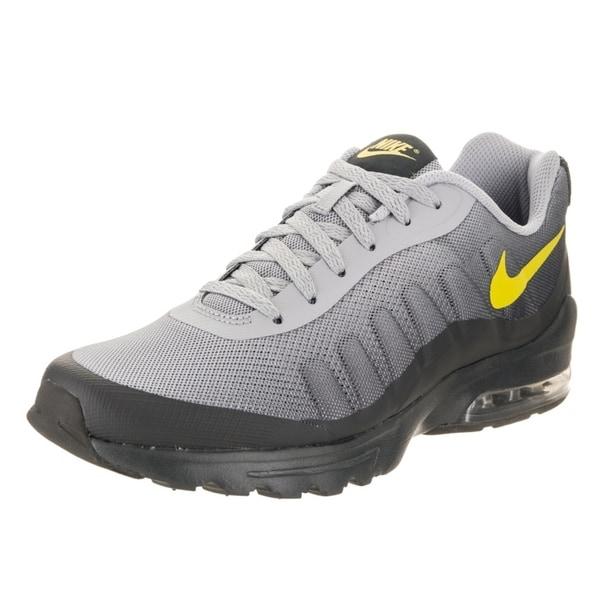 finest selection 113cc 275a3 Nike Men  x27 s Air Max Invigor Print Running Shoe