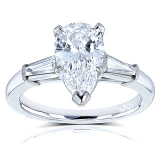 Van Cleef Platinum GIA Certified 2 1/10ct TDW Flawless Pear Brilliant Diamond 3-Stone Ring (D, Internally Flawless)(D, VVS)