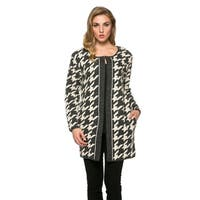 High Secret Women's Charcoal Houndstood Print Thick Knit Crew Neck Cardigan