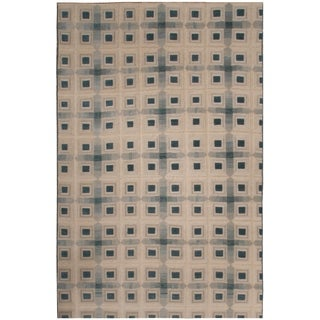Handknotted Designer Wool and Silk Embossed Rug (5'7'' x 8'10'') - 5'7'' x 8'10''