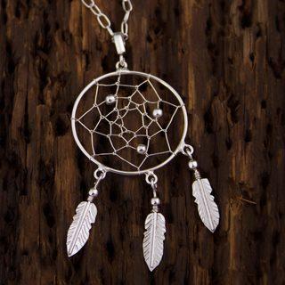 Handmade Sterling Silver 'Pleasant Dreams' Necklace (Mexico)