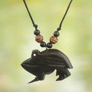 Handmade Sese Bamboo Wood 'Charming Frog' Necklace (Ghana)