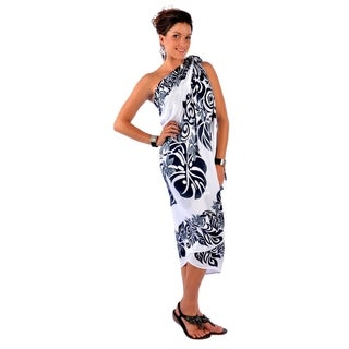 Tahitian Lei PLUS SIZE Sarong in Black/White