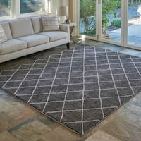 "Regal Trellis Grey Shag Area Rug by Gertmenian (7'10"" x 10') - 7'10 x 10'"