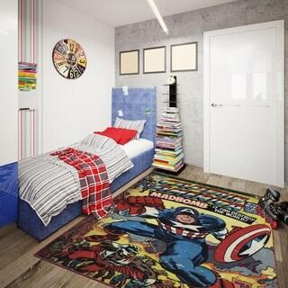 """Captain America Area Rug by Gertmenian (4'6"""" x 6'6"""") - 4'6"""" x 6'6"""""""