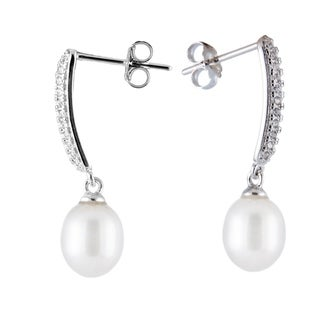 Sterling silver bar earrings with dangling pearl - White