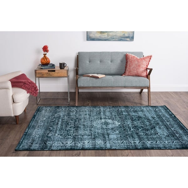 Alise Essence Transitional Oriental Area Rug - 3'11 x 5'3