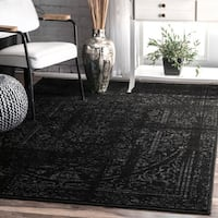 nuLoom Vintage Distressed Medallion Border Black/Grey Rug (6'7 x 9') - 6' 7 x 9'