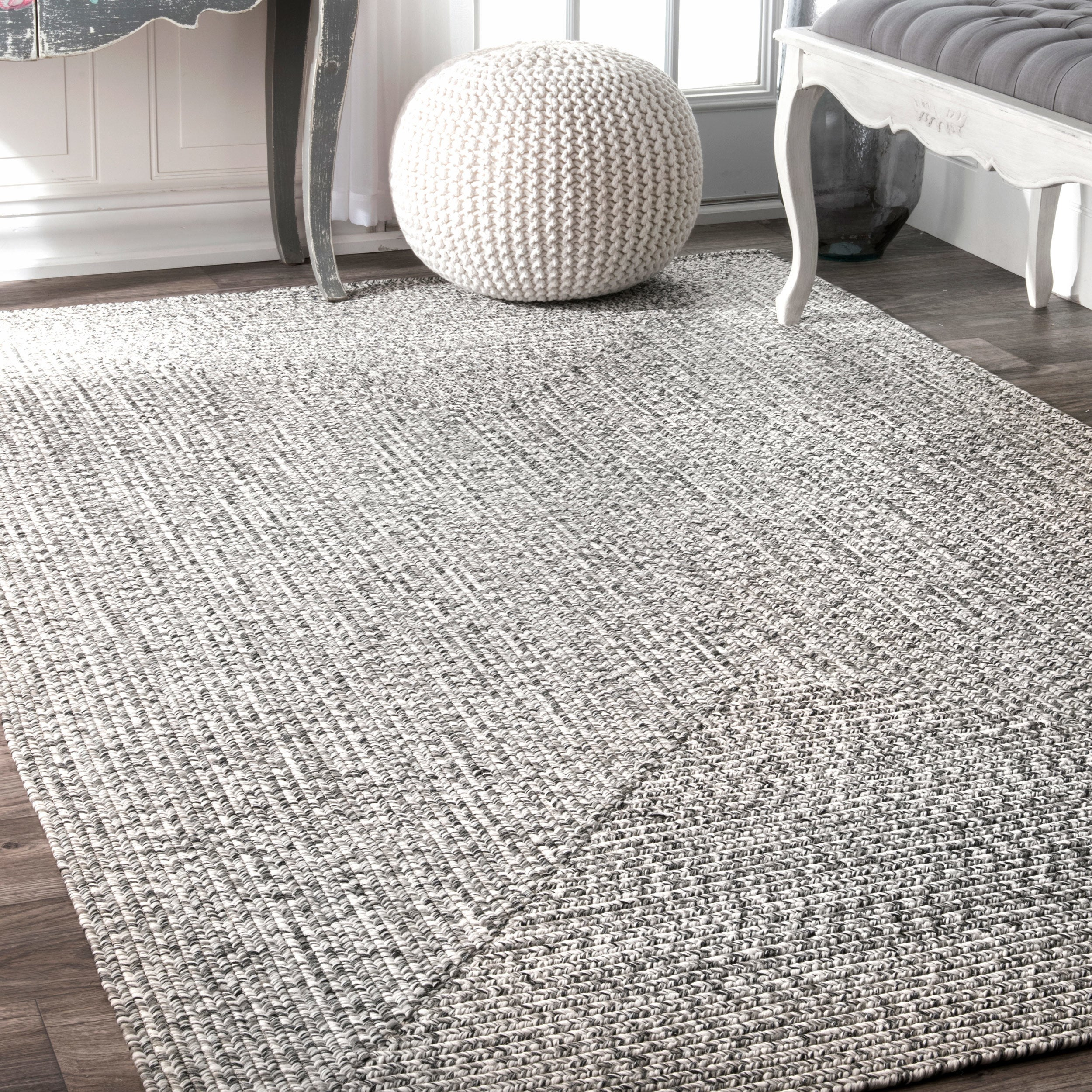 nuLOOM Handmade Casual Solid Braided Salt and Pepper Accent Rug (2 ...