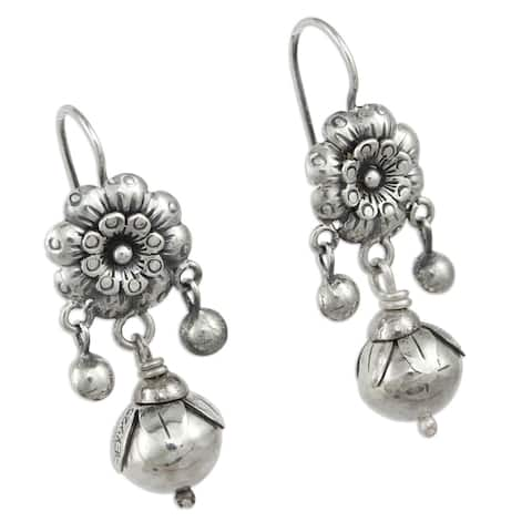Handmade Sterling Silver 'Floral Enchantment' Earrings (Mexico)