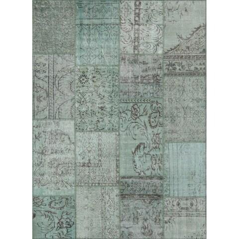 String Matter Antique Patchwork Rug (5' x 7')