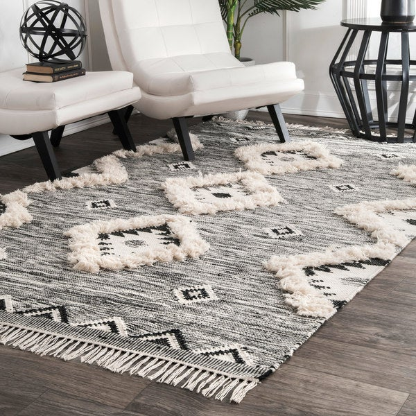 nuLOOM Savannah Moroccan Fringe Textured Wool Area Rug. Opens flyout.