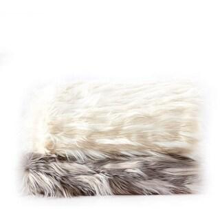 De Moocci Selleck Grey Jacquard Eyelash Faux Fur Throw - 50 in x 60 in