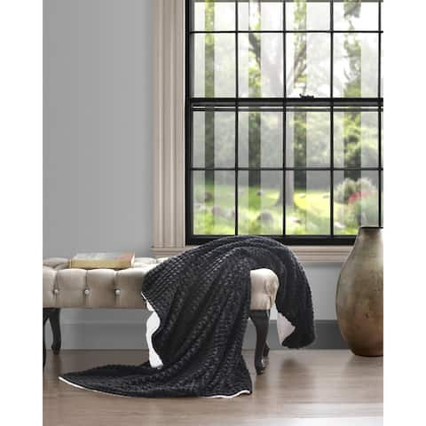 Super Soft Pyramid Design with Sherpa Back Throw