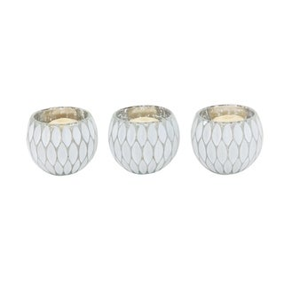 Silver Orchid Olivia Contemporary Glass Round Silver Candle Holders (Set of 3)