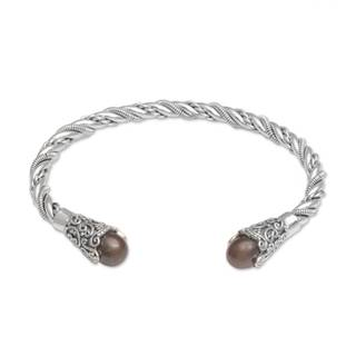 Handmade Sterling Silver 'Jepun Seeds in Brown' Cultured Pearl Bracelet (9 mm) (Indonesia)