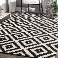 nuLOOM Contemporary Hand-Tufted Wool Fancy Pixel Trellis Black Rug (10' x 14')