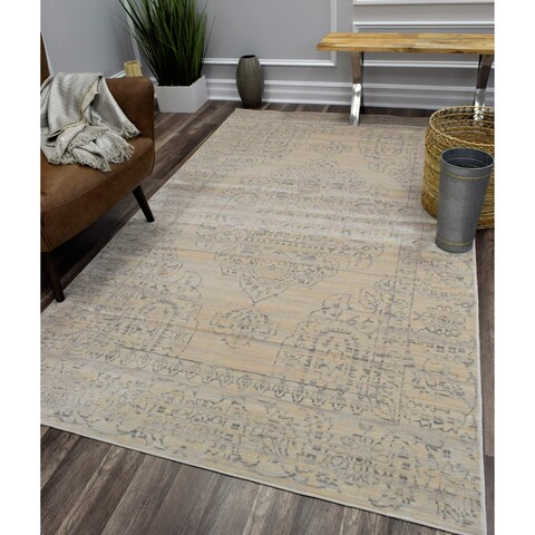 Wilshire Distressed Bohemian Medallion Ivory Area Rug - 8' x 10'