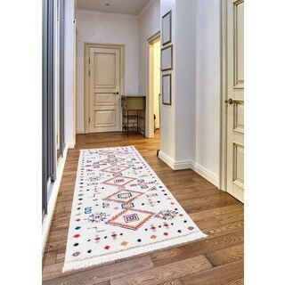 Rosy Frieze Collection White runner rug (2' x 8') - multi