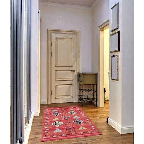 Rudy Frieze Collection Red runner rug (3' x 5')