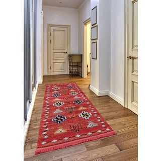 Rudy Frieze Collection Red runner rug (2' x 8')