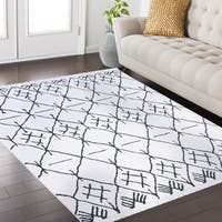 Byrd Frieze Collection White area rug (8' x 10') - 7'10 x 10'2